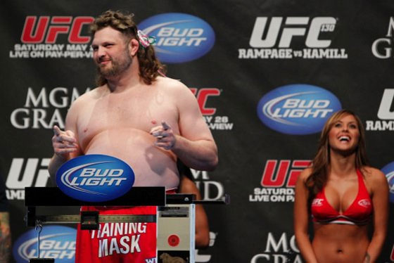 Roy Nelson vs. Mark Hunt podczas gali w Japonii?