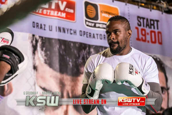 KSW 29: Jay Silva na otwartym media treningu (+video)